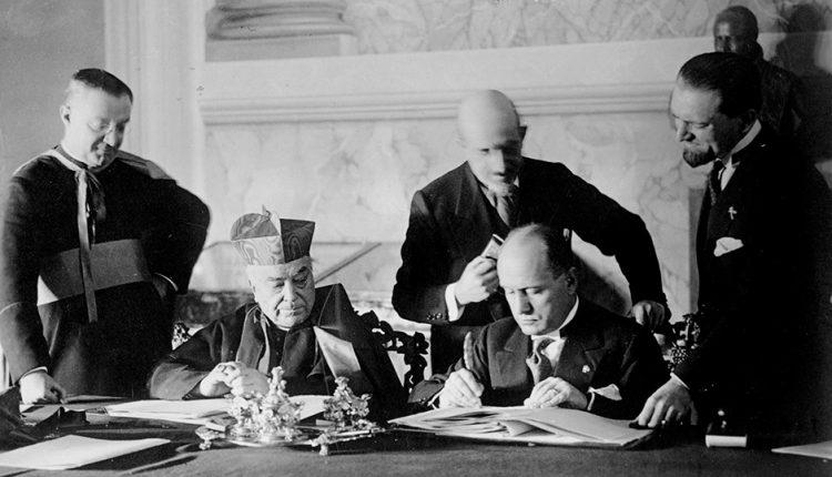 توقيع اتفاقية لاتران